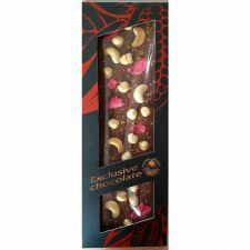 Hořká čokoláda formovaná s kešu oříšky, lískovými oříšky, růžemi a zlatými krystalky
